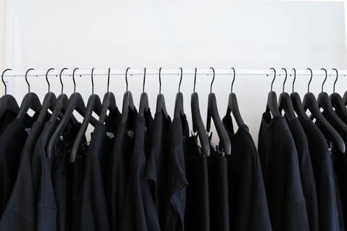 レディースファッション コーデ 秋ファッション Tシャツ 秋色