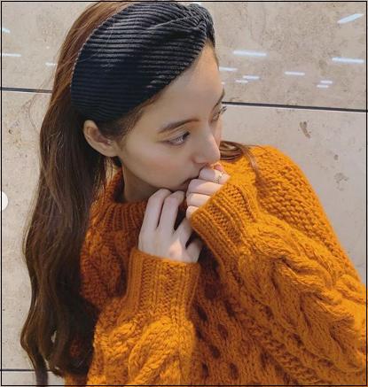 新木優子 私服 衣装 ブランド インスタ着用 ニット 類似品